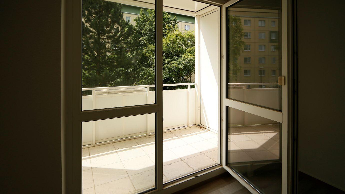3RW Stollen 32 Balkon WG: Stollen Neubau